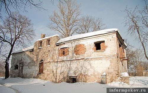 На фото: Дом Марины Мнишек (фото pleskov60.ru)