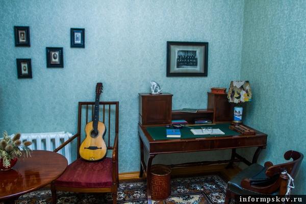На фото: кабинет Надежды Матвеевны