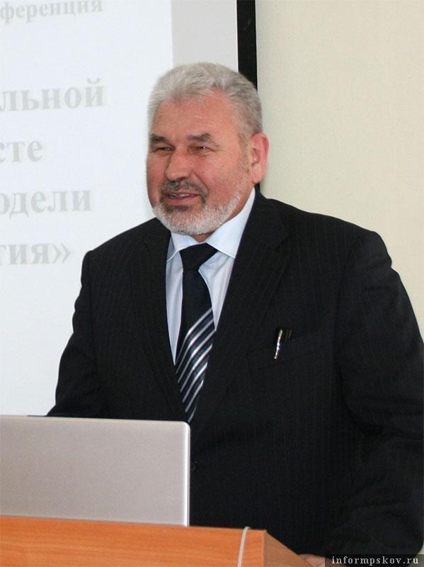 Глава администрации Печорского района Юрий Конченко