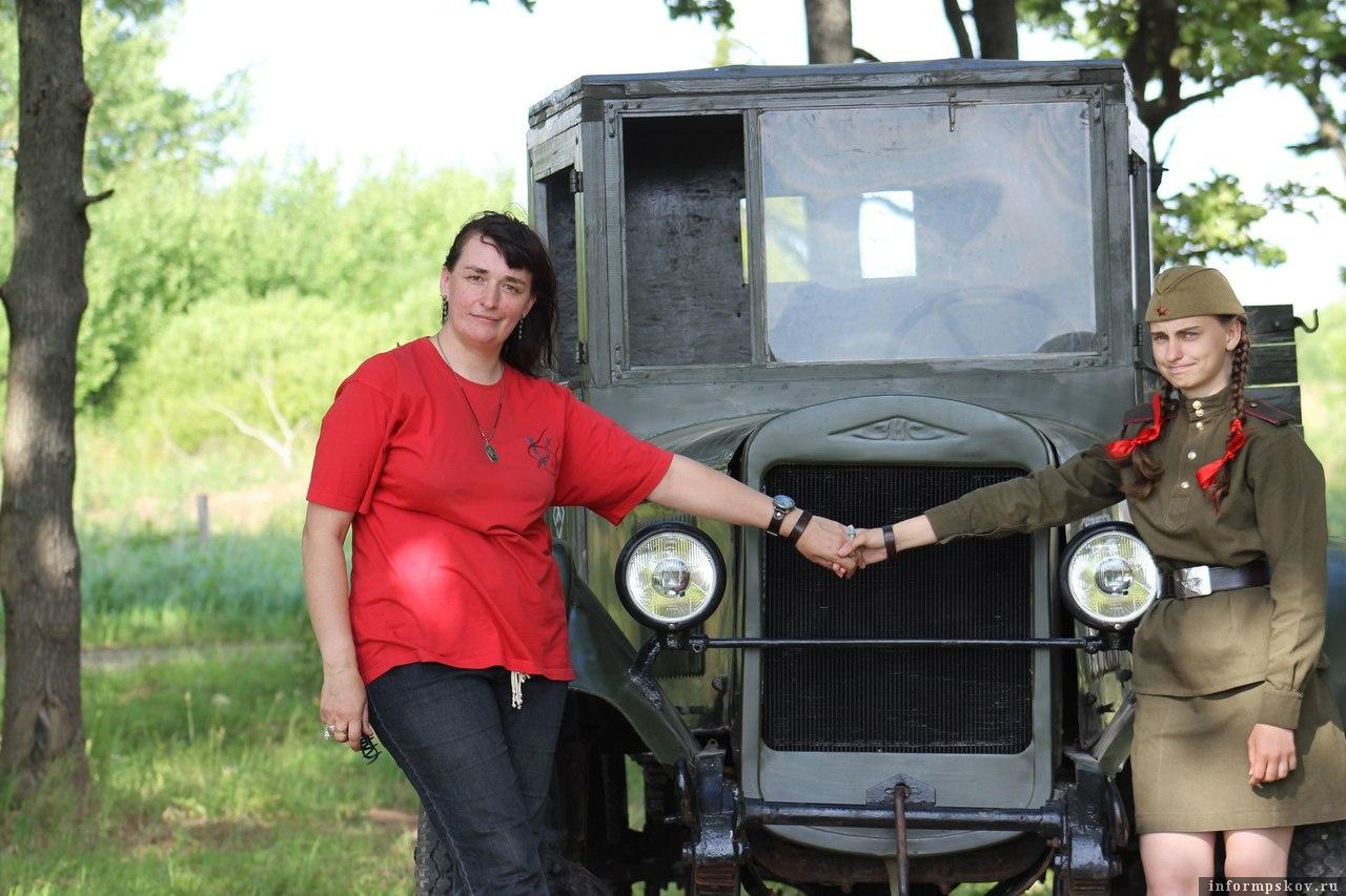 Ольга Родина (слева). Фото из соцсети «ВКонтакте»