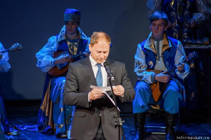 На фото: Аркадий Мурылёв на церемонии вручения премии