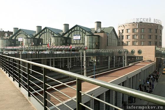 На фото: Ладожский вокзал (фото с a-len.ru)