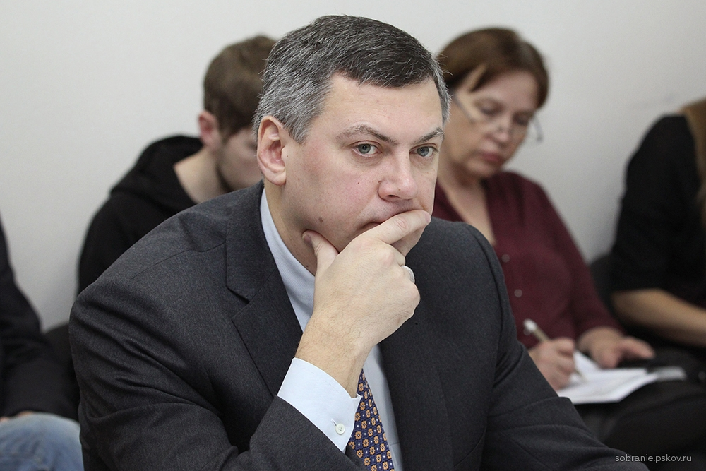 Василий Салопов