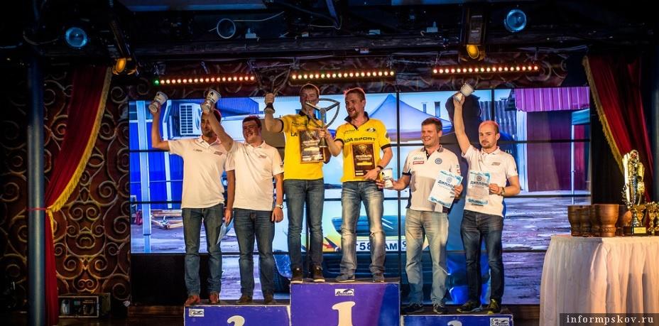 На фото: победители Чемпионата Псковской области 2016 года
