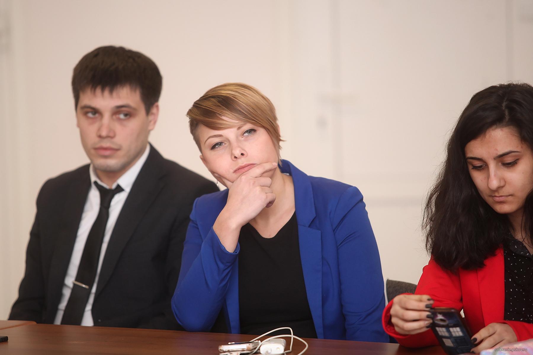 Фото с sobranie.pskov.ru