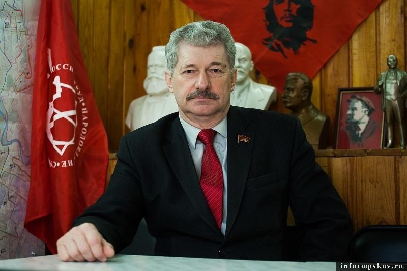 Петр Алексеенко