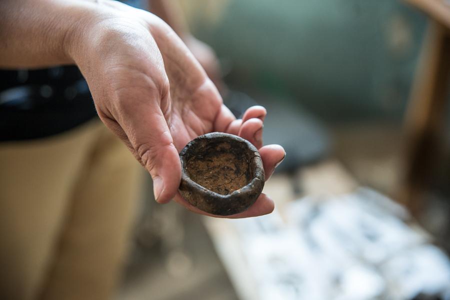На фото: Монашеская чернильница или солонка