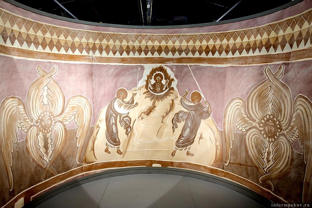 На фото: Фрески XV в. в церкви Успения Пресвятой Богородицы в Мелётове. Фото: Алексей Касмынин