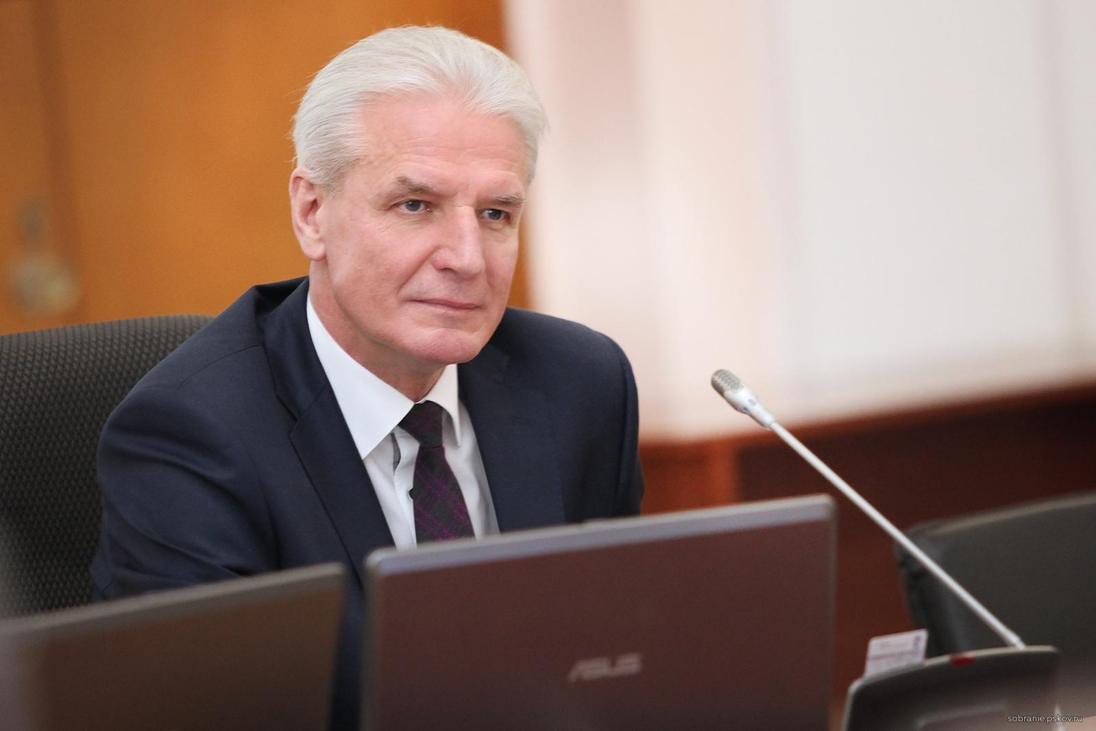 Александр Котов поставил точку в обсуждении проблемы утилизации мусора в Псковской области