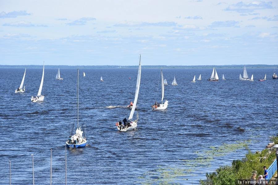 15-я парусная регата на Псковском озере.