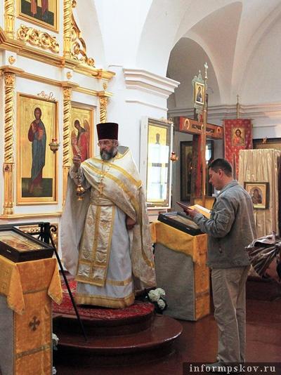 Священник Евгений Михайлов