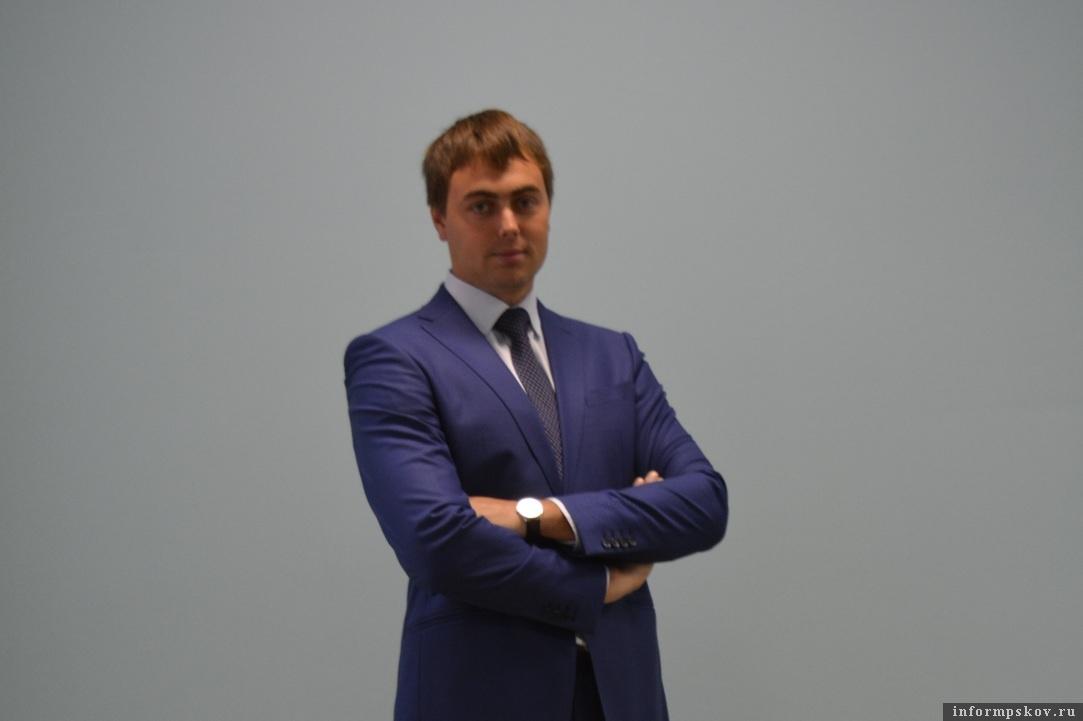 Дмитрий Старостин