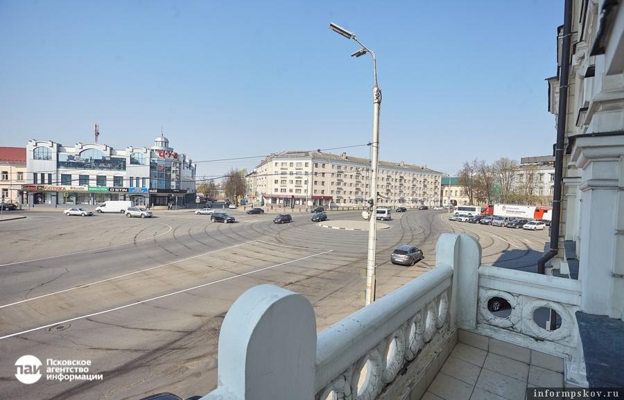 Вид с балкона здания Земского банка