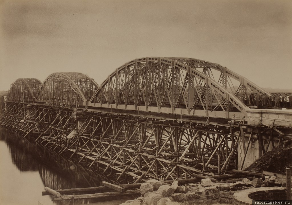 Строительство Рижского моста
