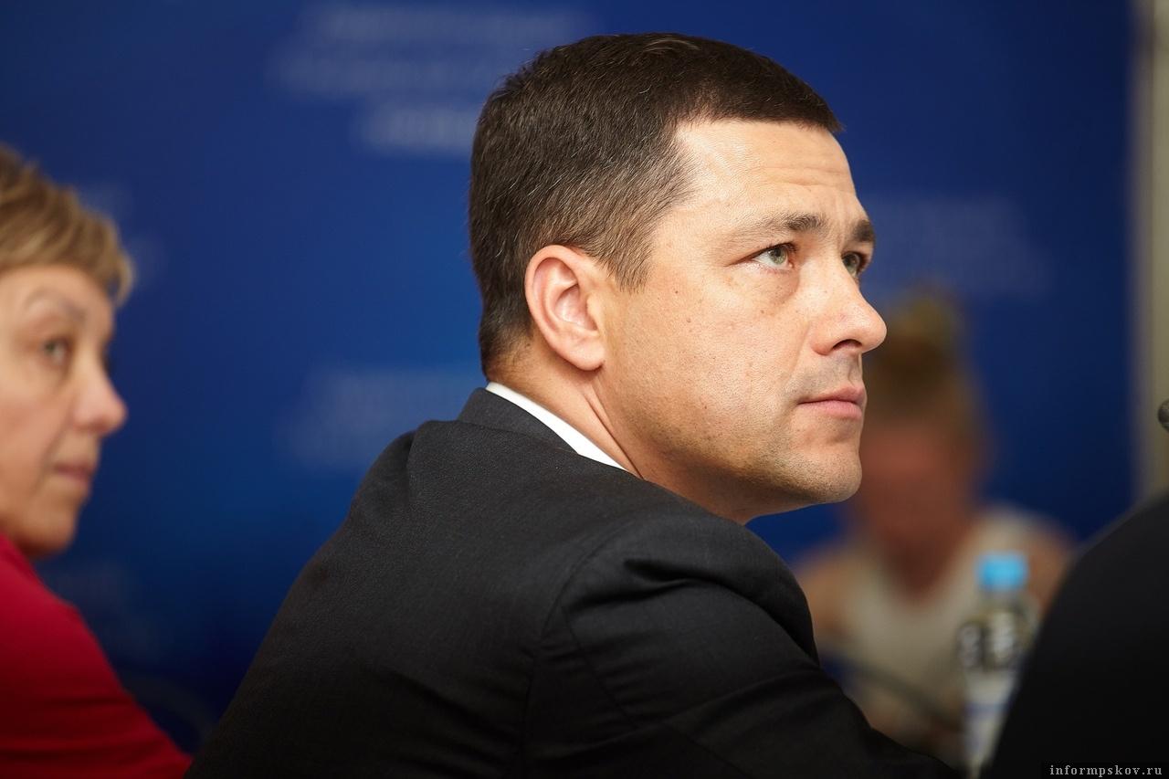 Михаил Ведерников