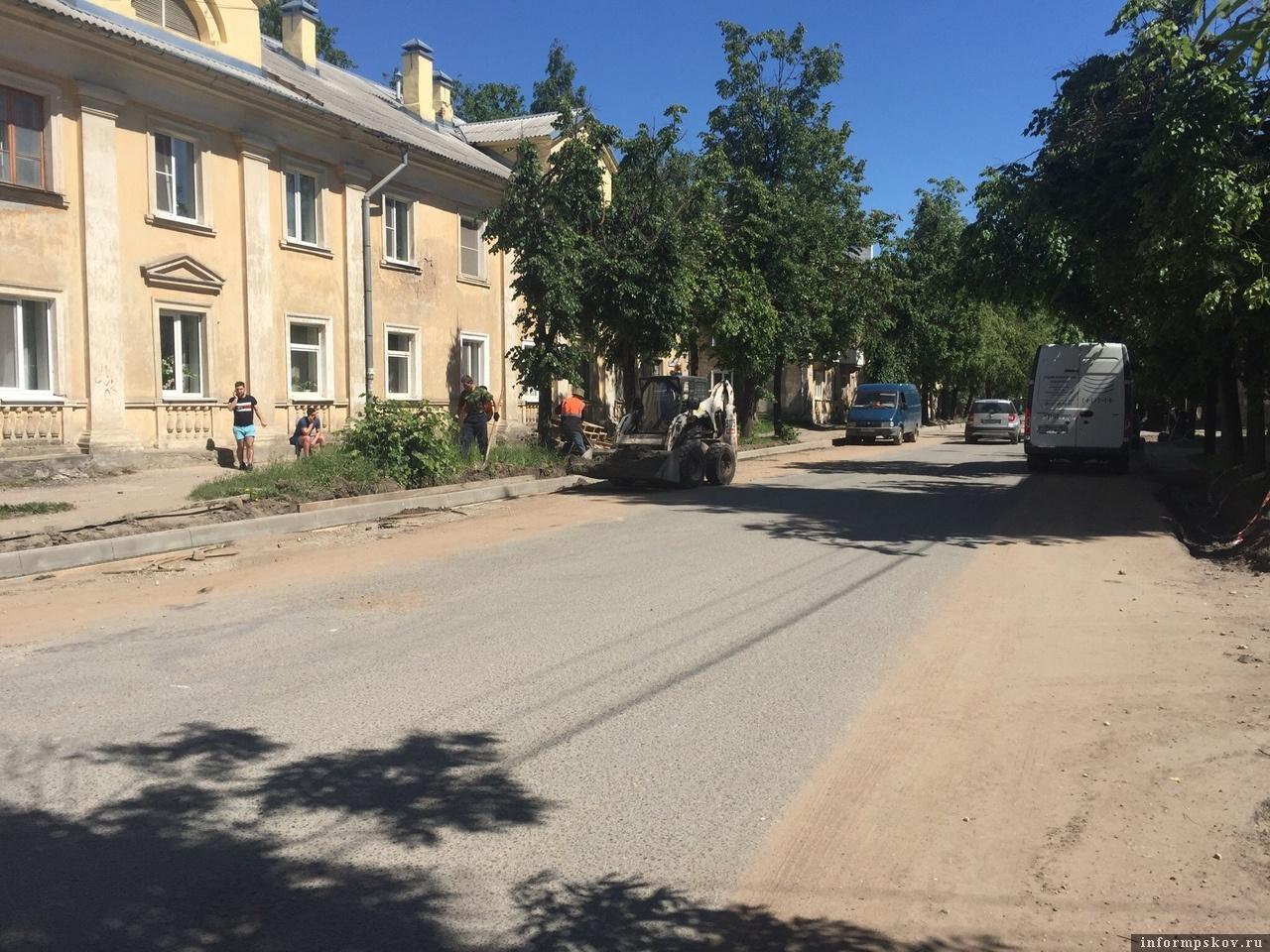 Фото движения «Убитые дороги Пскова»