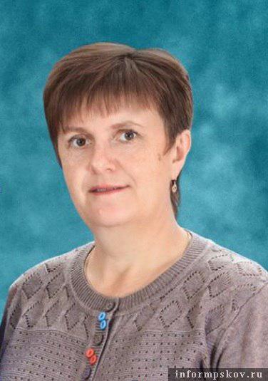 На фото: Первая учительница погибшего десантника Нина Аниськина