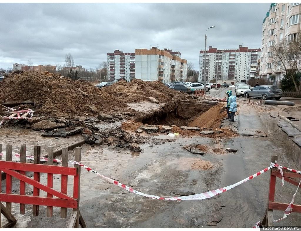 А вот так этот участок выглядел в марте 2019 года в дни аварии. Фото Антона Масальского.