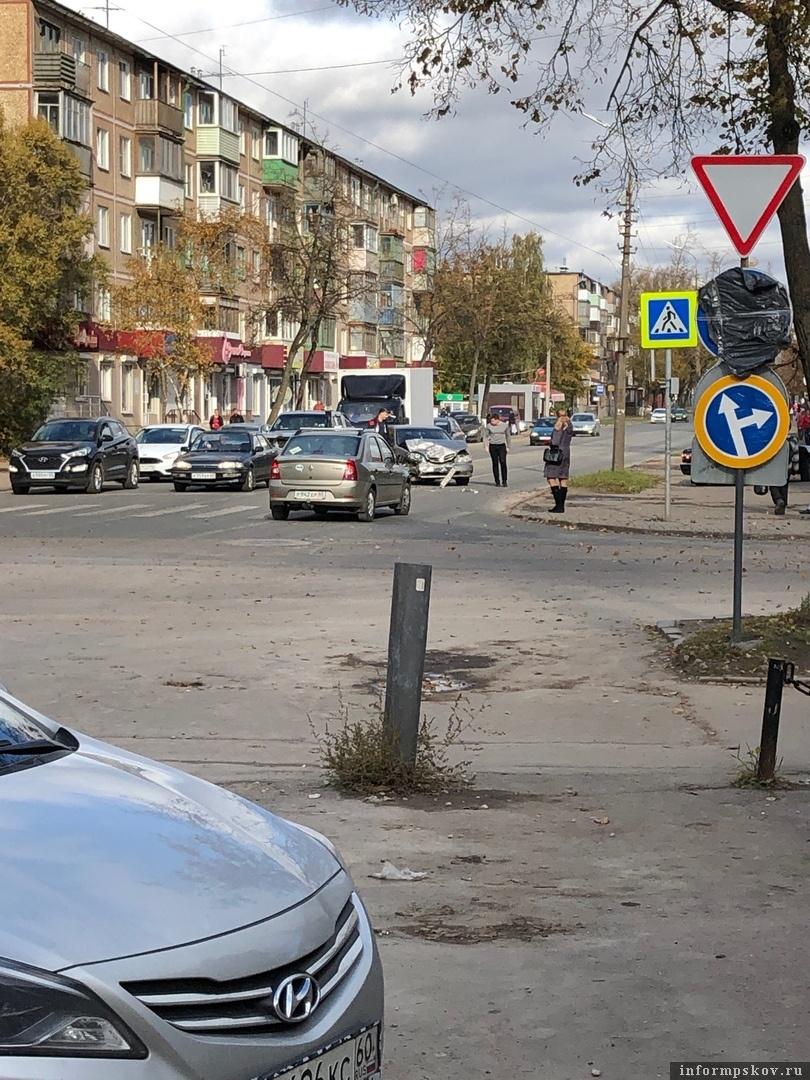 """Фото из группы """"Жесть по-псковски"""" в соцсети """"ВКонтакте"""""""