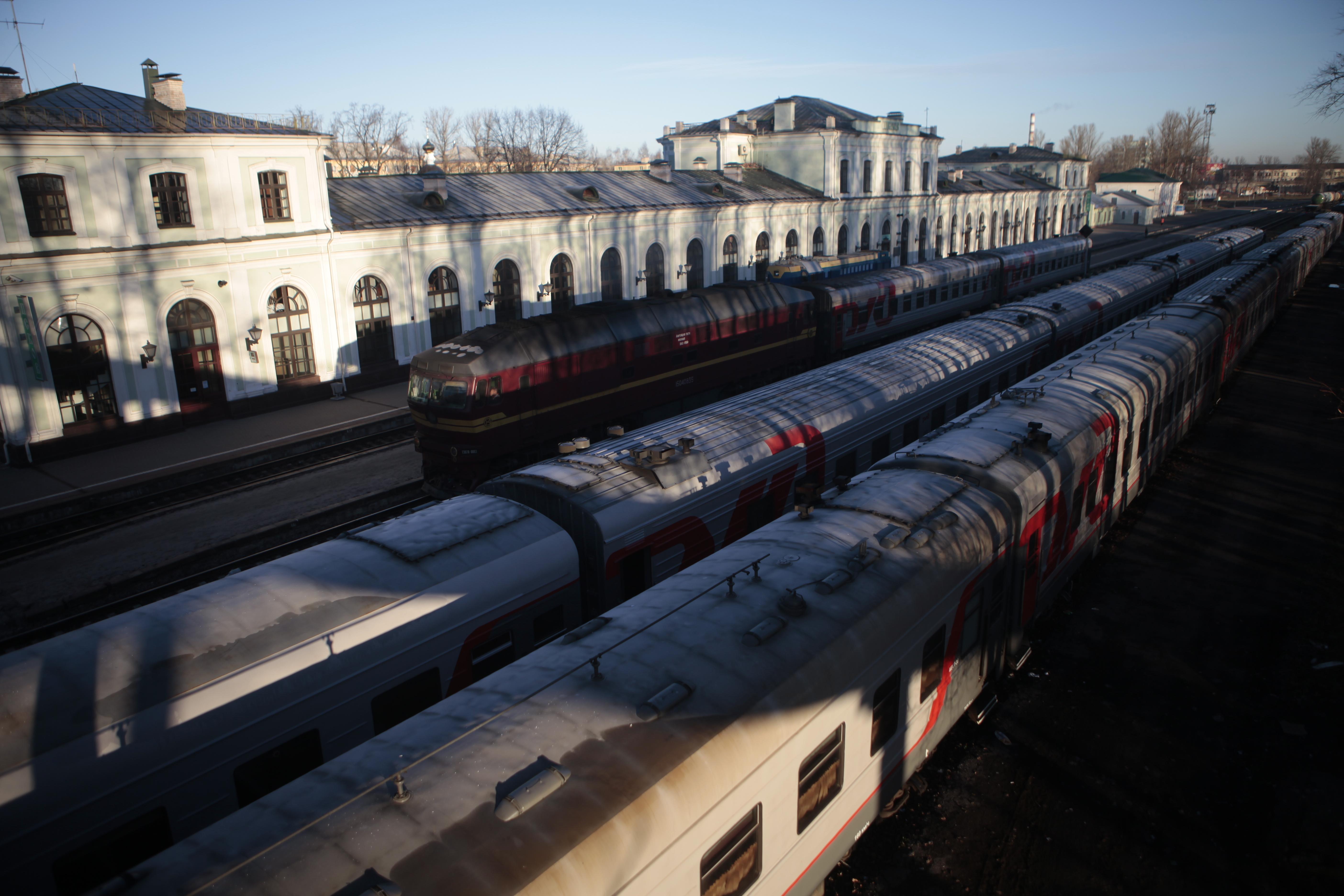 Поезда из Пскова в Москву и обратно пришли 9 ноября с опозданием от графика. Фото: Андрей Степанов.
