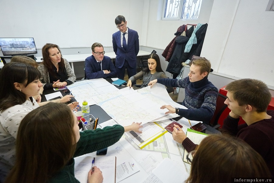 Наставники и студенты-участники непрерывной практики. Здесь и далее фотографии Дарьи Хватковой