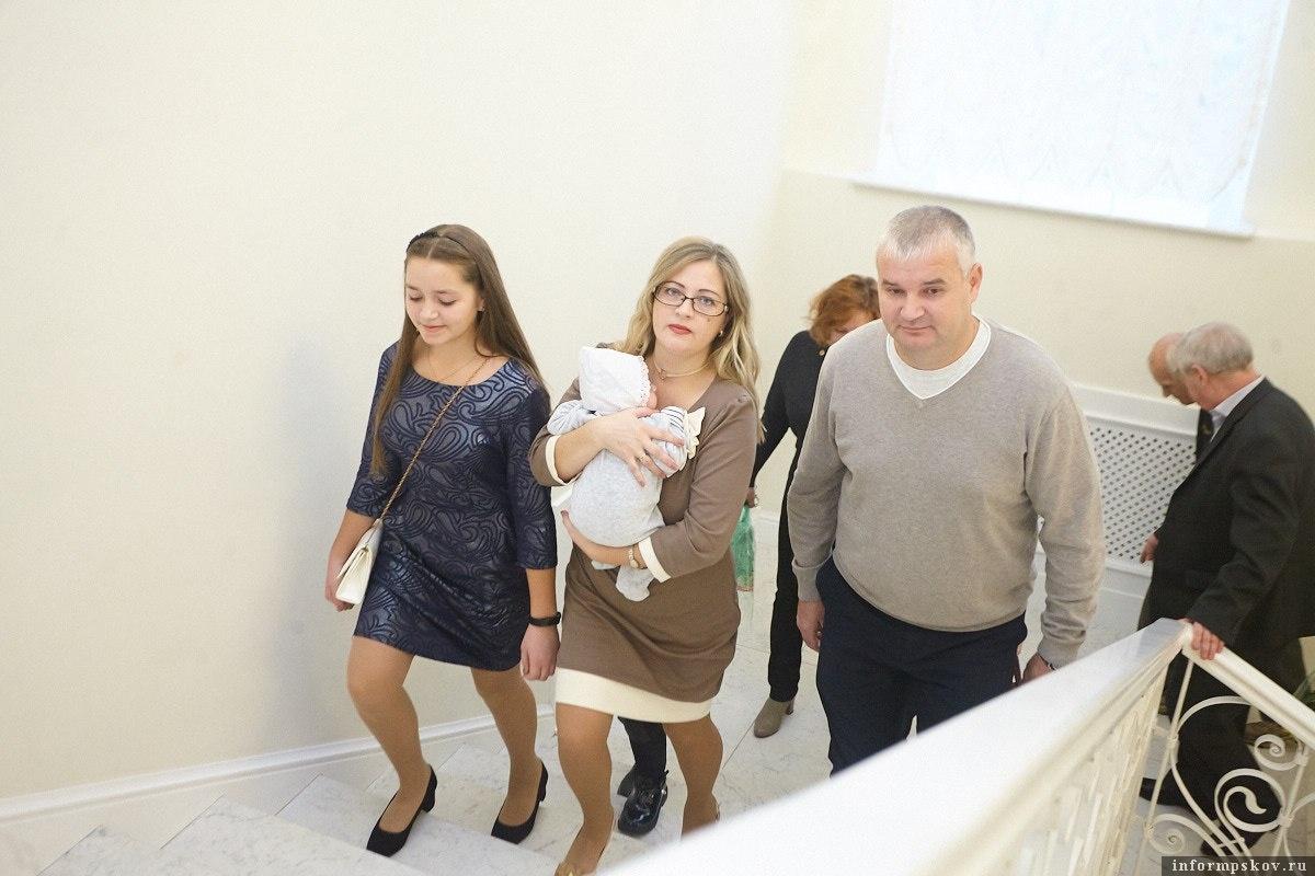 В Пскове зарегистрирован 2000-й новорожденный 2019 года. Фото: Дарья Хваткова