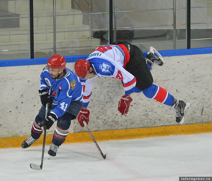 Фото из группы «Псковский хоккей» в социальной сети «ВКонтакте».