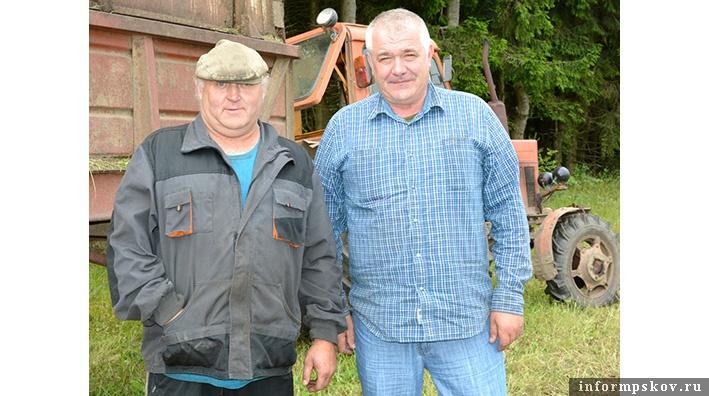 На фото: Михаил Степанов (справа)