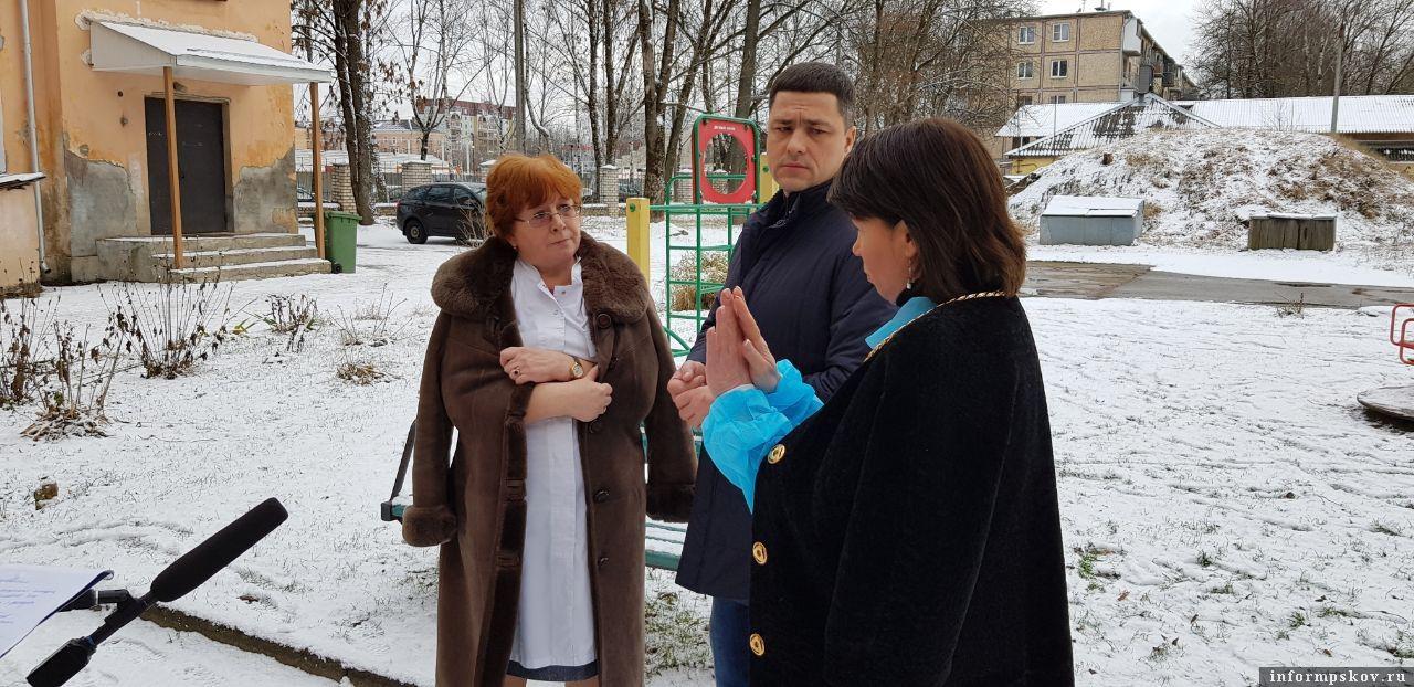 На фото слева направо: Ираида Сивачёва, Михаил Ведерников, Марина Гаращенко