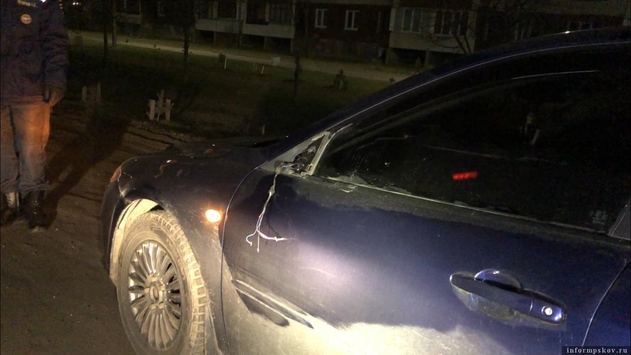 Очевидцы настаивают: женщина буквально выскочила перех машиной. Фото: ПАИ.