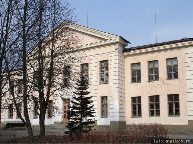 Лавровская гимназия. Фото из сообщества образовательного учреждения Вконтакте.
