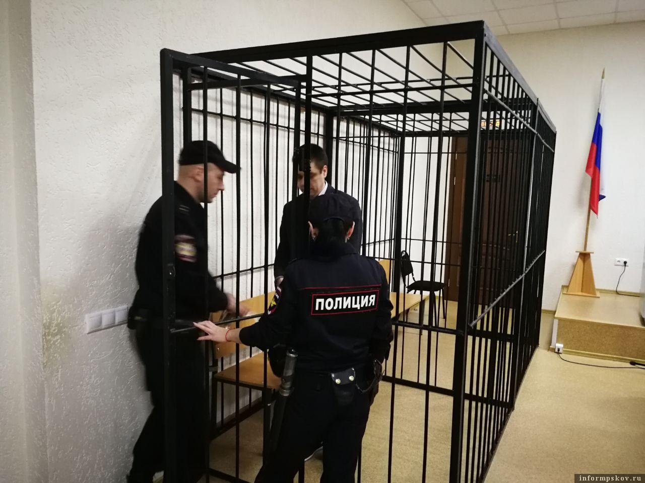 Александр Кузнецов выслушал приговор суда - 5 лет лишения свободы. Фото здесь и далее Михаил Синев и Дарья Хваткова
