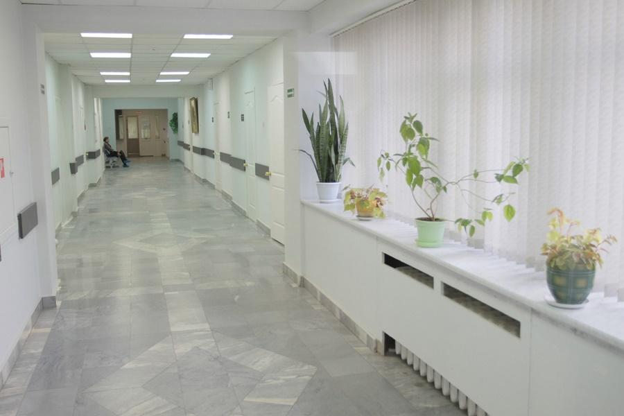 Строительством инфекционного корпуса в Новосокольниках занимается великолукский подрядчик. Фото: Андрей Степанов.