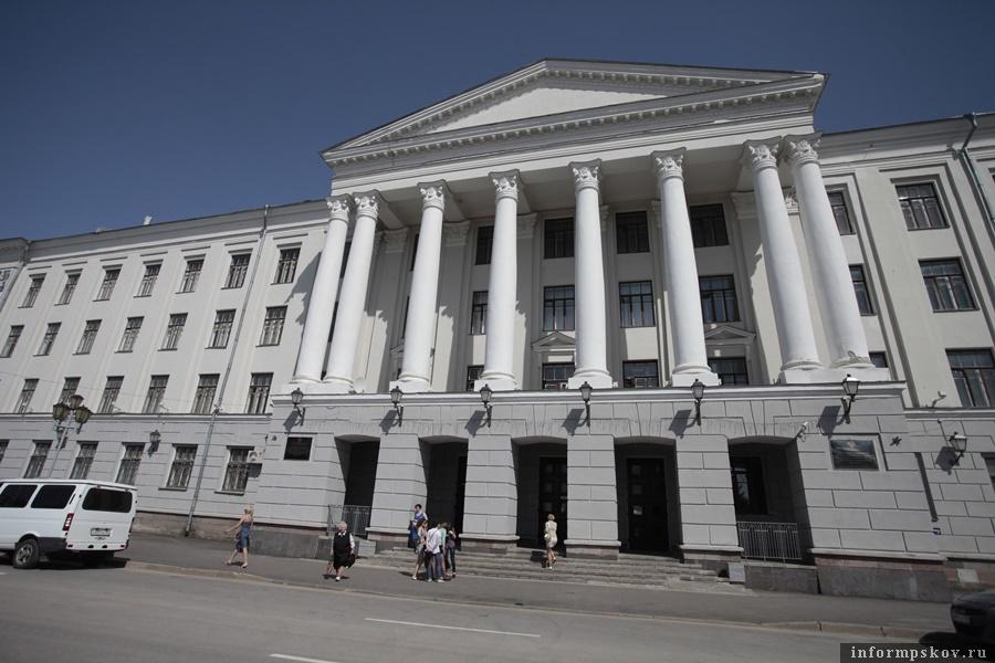 ПсковГУ открывает дополнительные вакансии для студентов. Фото: Андрей Степанов.