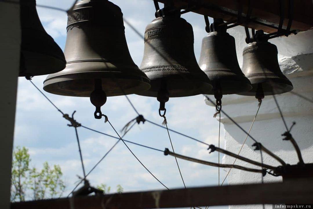 Звонари будут состязаться в искусстве колокольного звона. Фото Instagram Подворья Псково-Печерского монастыря в Пскове