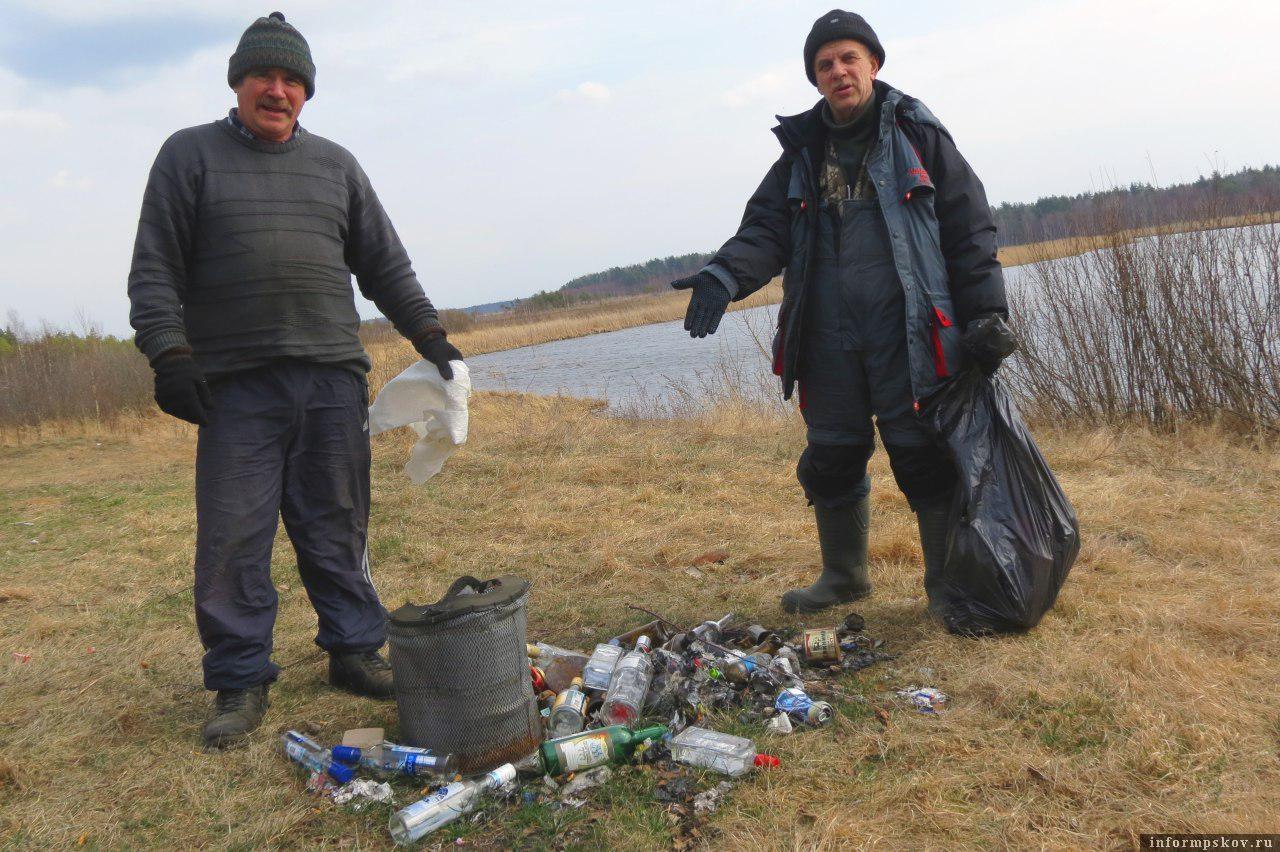 Неужели за собой трудно собрать и увезти мусор? Наша компания и свой мусор никогда не оставляет, да еще и чужой прихватывает