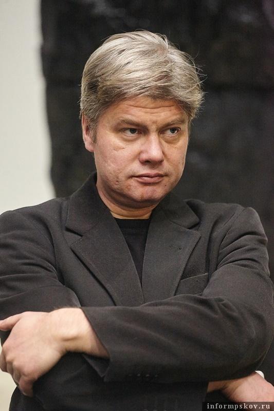 Арт-директор Псковского театра драмы Андрей Пронин. Фото: Дарья Хваткова.