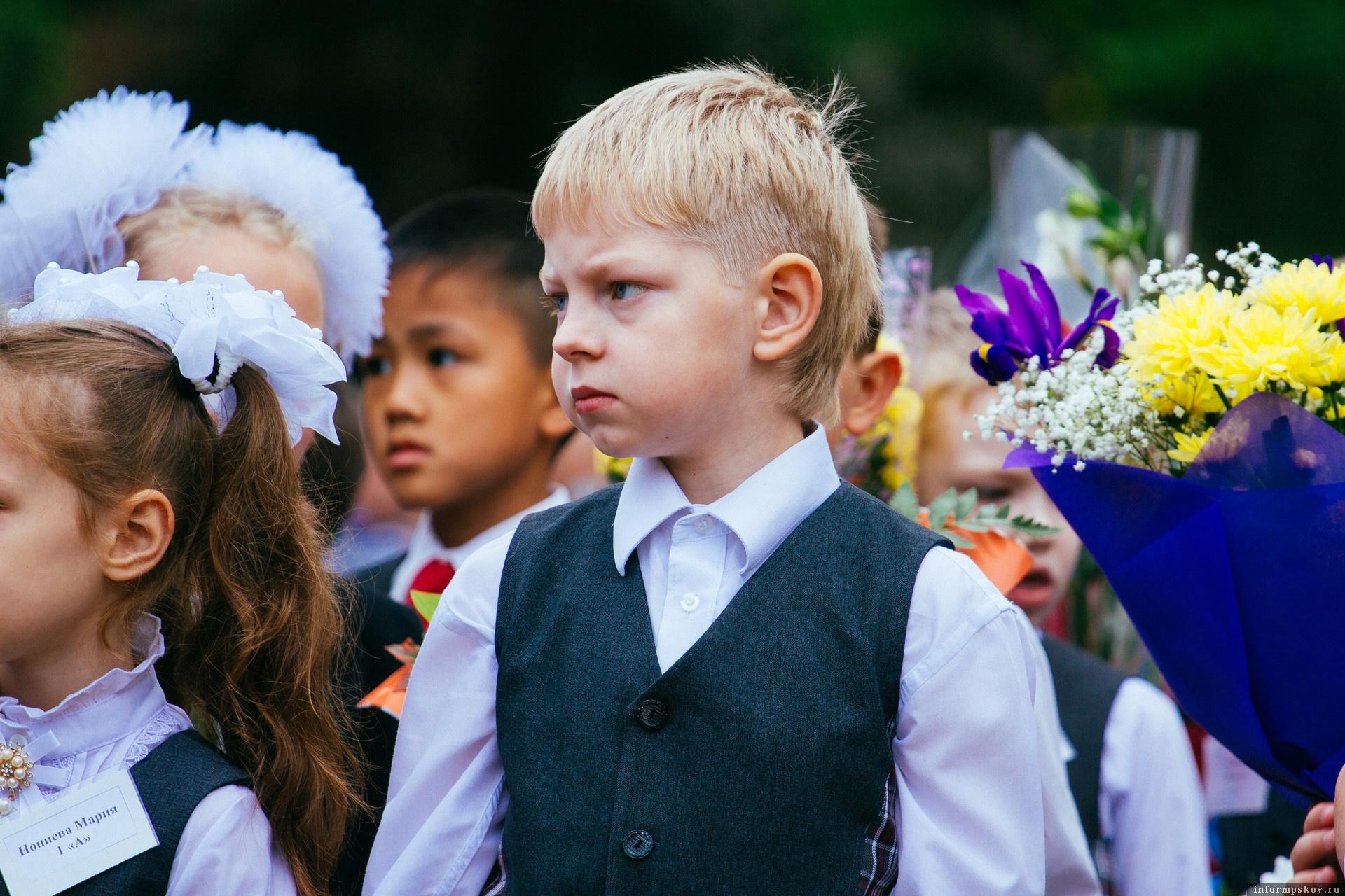 Традиционных линеек в Псковской области 1 сентября не будет. Фото Александра Сидоренко.