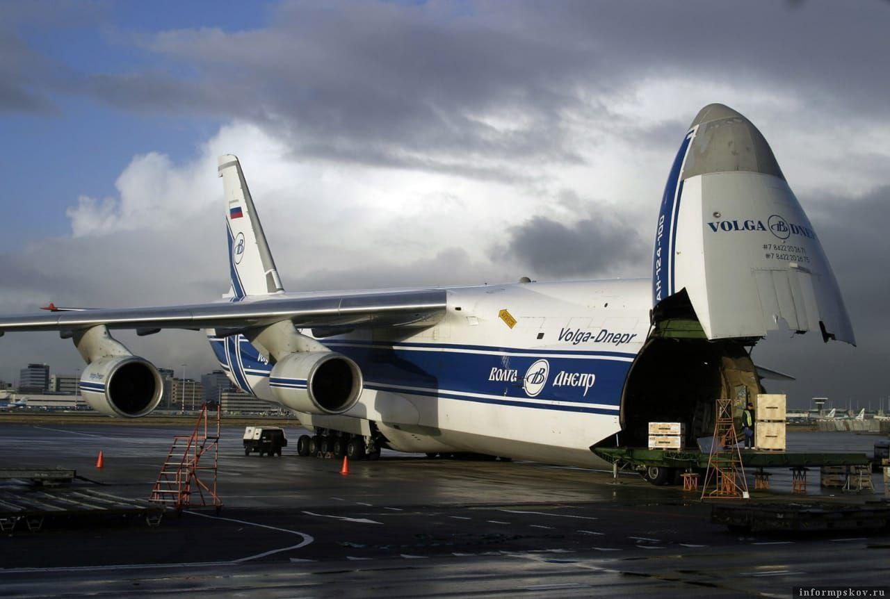 «Руслан» - единственный самолет в мире с двумя грузовыми люками.