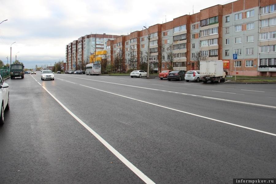 Улица Рокоссовского в Пскове после ремонта. Фото: комитет по транспорту и дорожному хозяйству Псковской области