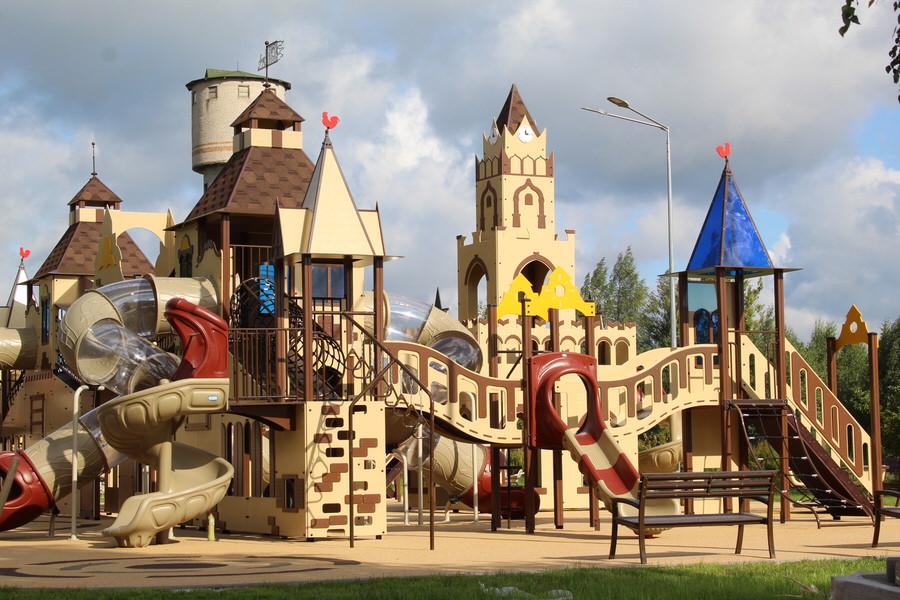 Детская площадка в Печорах. Фото ПАИ