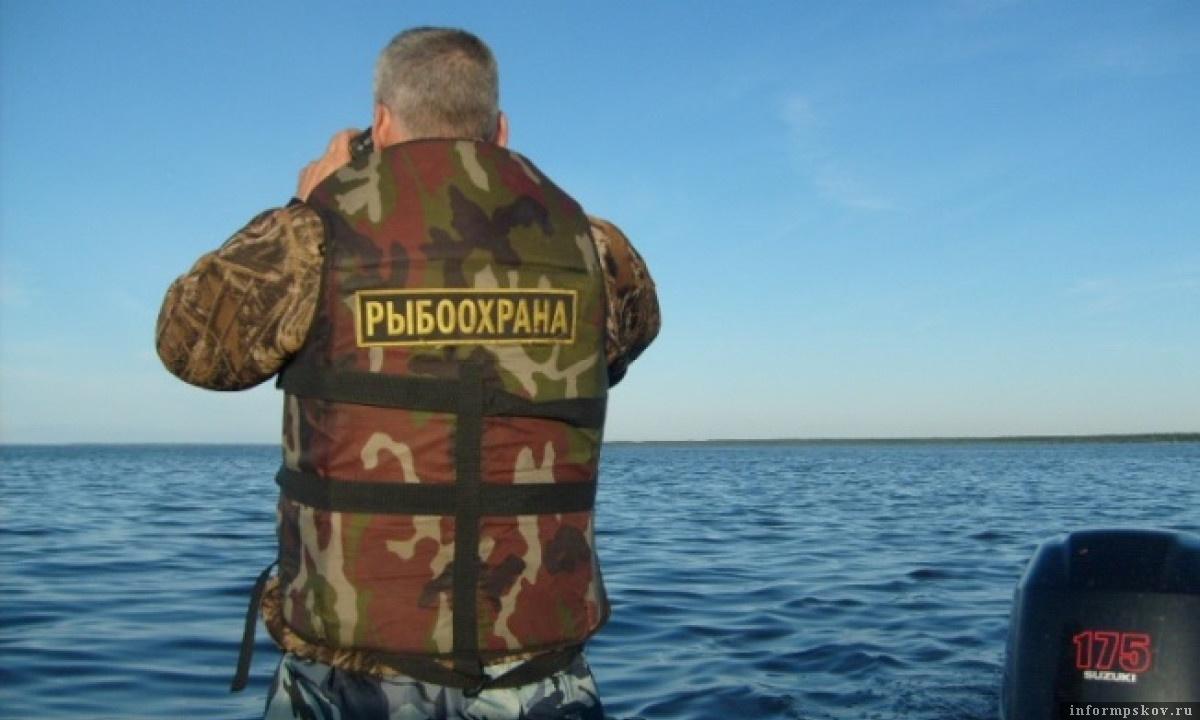 У рыболовной инспекции служба напряженная – и днем, и ночью, и в праздник, и в будни. Фото автора.