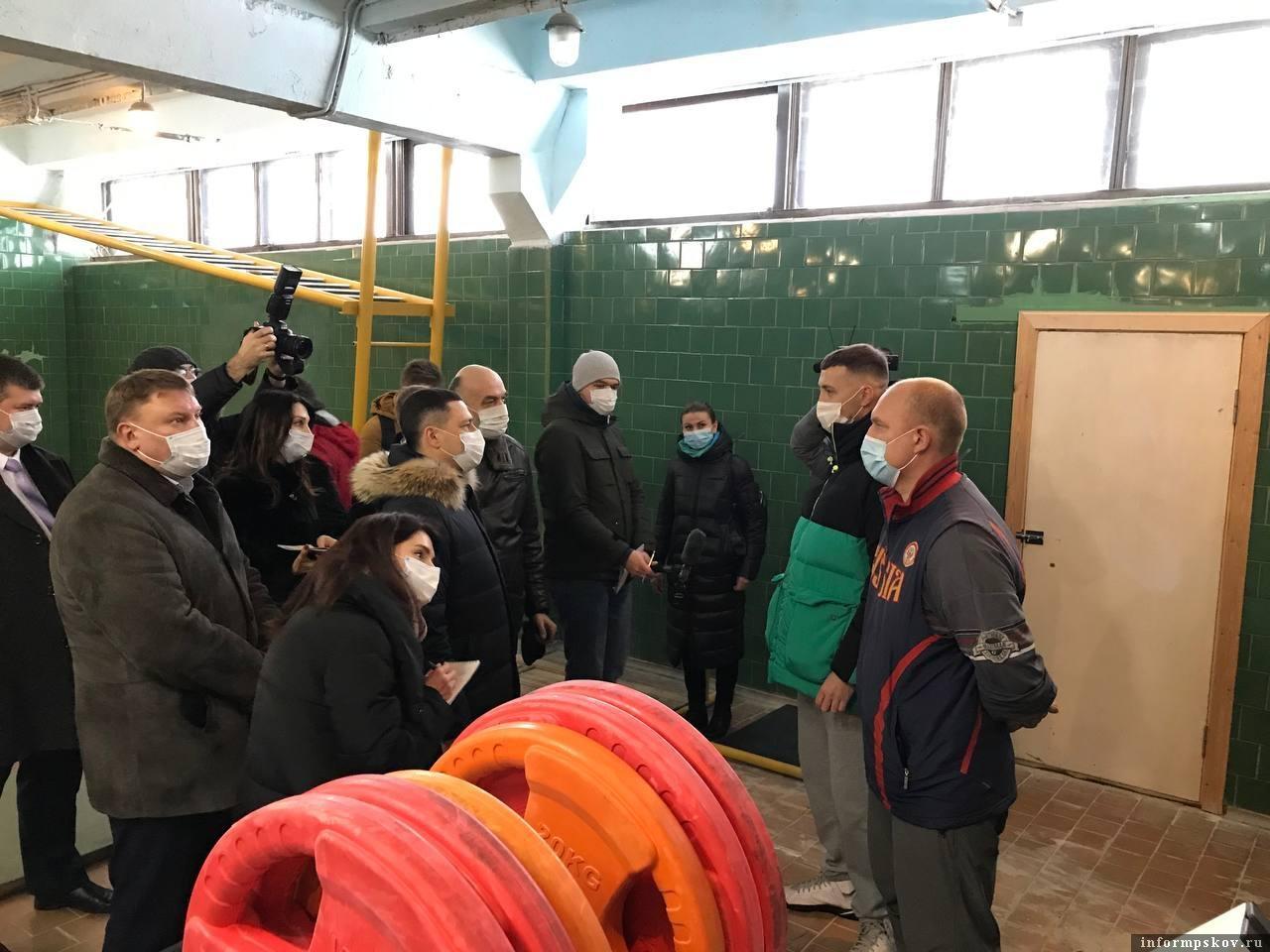 Псковский облсовпроф возьмёт шефство над спортшколой «Ника»