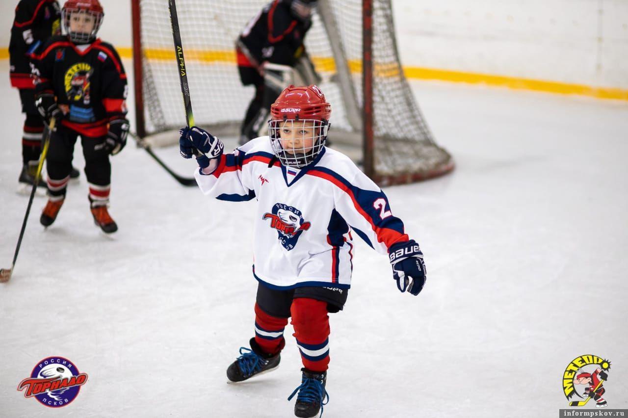 Фото предоставлено родителями, чьи дети занимаются хоккеем в Пскове