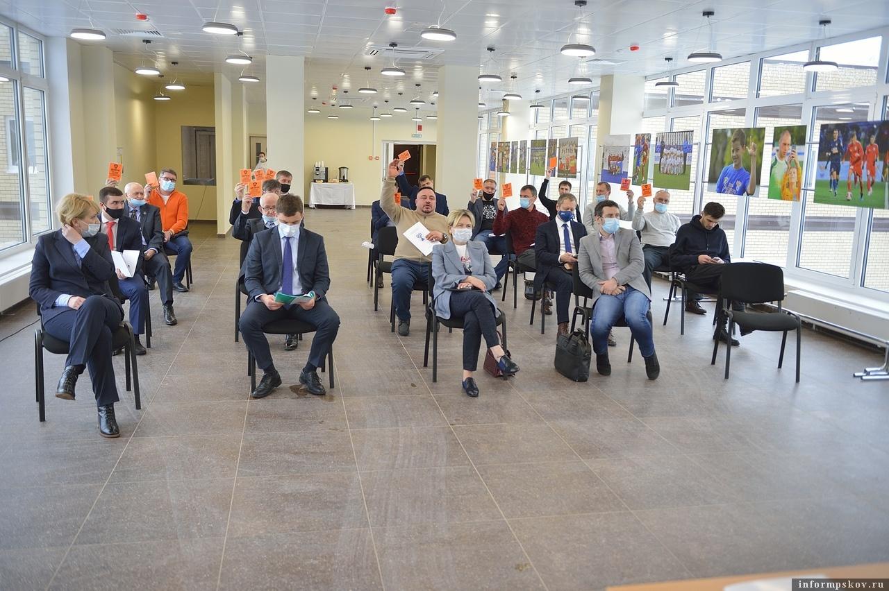 Александр Коновалов был избран единогласным решением обладавших на конференции правом голоса. Фото Андрея Лупанова