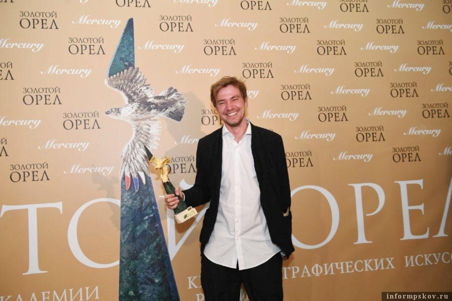 В 2019 году лучшим фильмом назвали картину «Текст» с Александром Петровым в главной роли. Фото new-magazine.ru