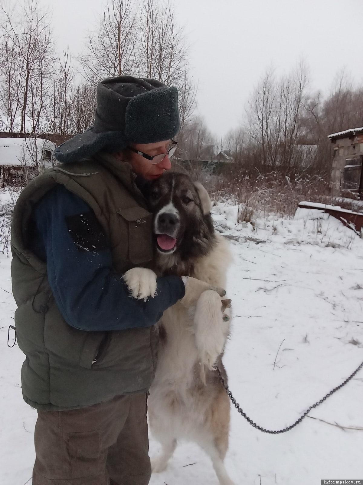 Ника в приюте, знакомство с работником Юрием Васильевым