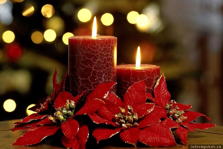 Свечи будут вполне безопасными, если соблюдать правила. Фото puzzleit.ru
