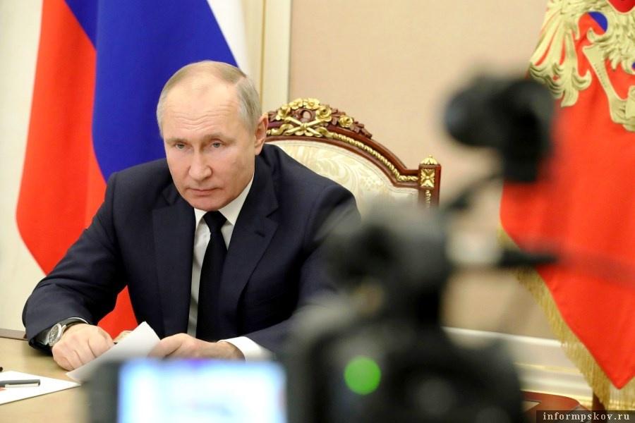 Такое поручение глава государства дал по итогам совещания по экономическим вопросам. Фото kremlin.ru