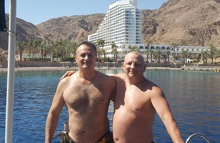 Михаил Гавунас (слева) сейчас, предположительно, живет в Израиле